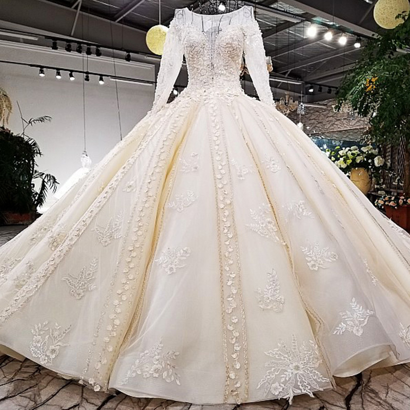Real Retro Weddings: High End Luxury Sexy Wedding Dresses 2018 Flowers Pearls