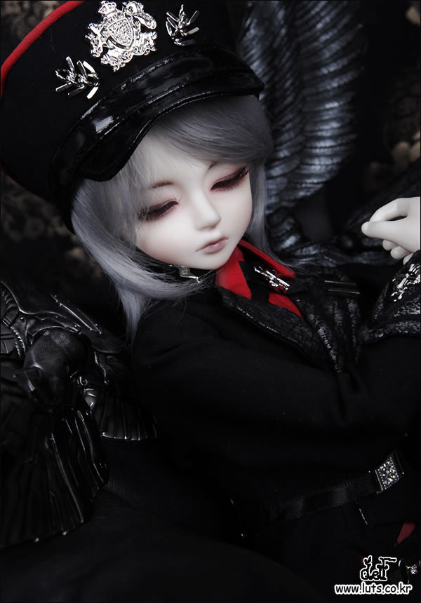 Free shipping! free makeup and eyes included ! top quality 1/4 bjd doll  LUTS Kid Delf Boy BORY Dreaming limitedcute cool