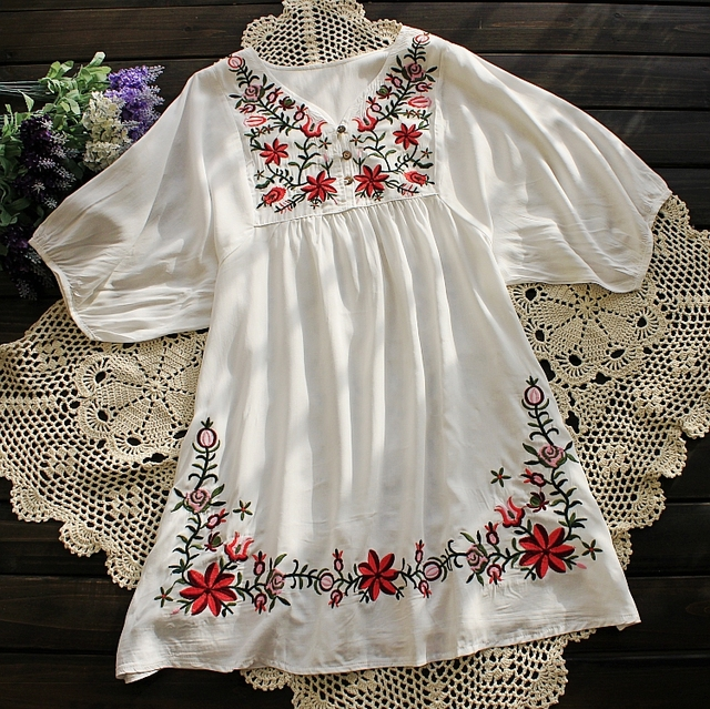 2018 Summer Women Mexican Embroidered Floral Peasant Blouse Vintage Ethnic  Tunic Retro Boho Hippie Clothes Loose