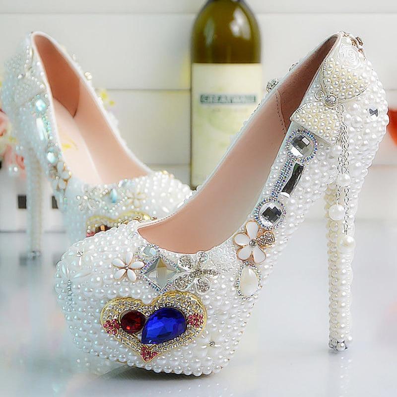 Pattini del progettista delle donne delle pompe delle signore sexy pattini a Cristallo del rhinestone fiore bianco tacchi alti donna scarpe da sposa