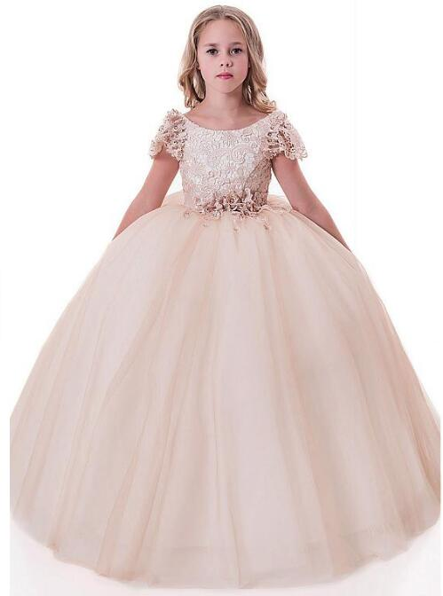 Charming Flower Girl Dresses With Belt Beaded 3D Flowers Lace Tulle Scoop Neckline Cap Sleeves Full Length Ball Gown