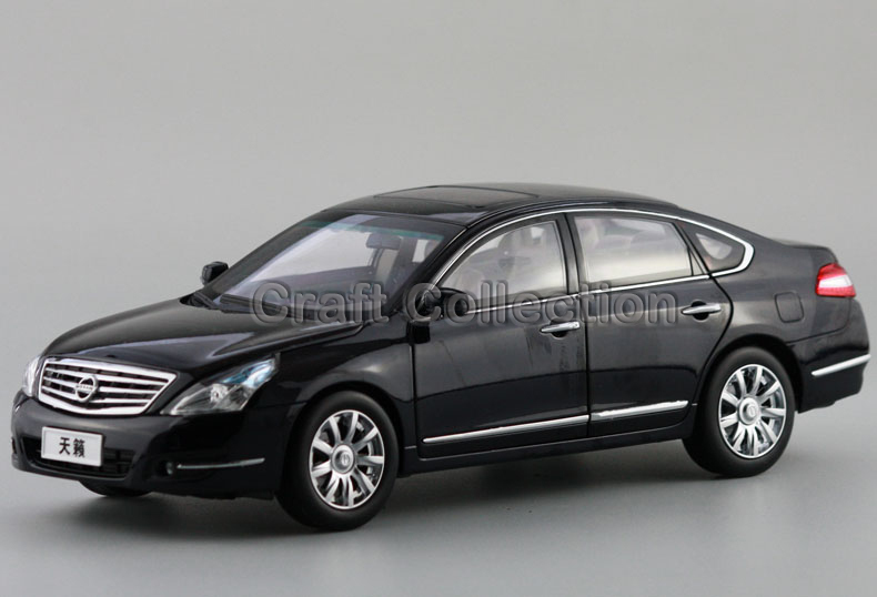1/18 2012 Nissan Teana 250XL ALTIMA Alloy Toy Cars Diecast Simulation Mod Car Kits Black & Gray & Purple Available