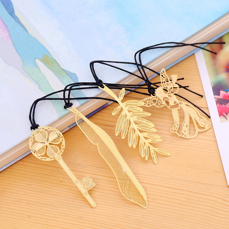 1 Piece China Style Exquisite Paper-cut Art Classic Bookmark Key Feather Leaf Angel Bookmarks For Kids Toy Book Decoration