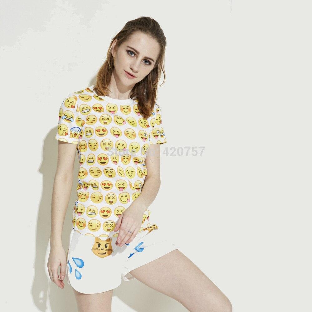 2017 CALIENTE Mujeres Emoji Sonrisa de la Cara Impresa de manga Corta Sexy  Crop Camisetas Chicas de Dibujos Animados mujeres Camisetas Irregular  Emoticon ... 2a9b367f0b4