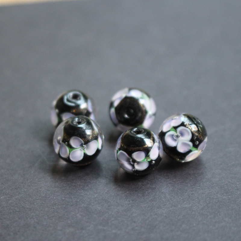 10pcs 12mm Handmade Fine Glass Lampwork Beads 3 Flower Sequined Gold Black Color