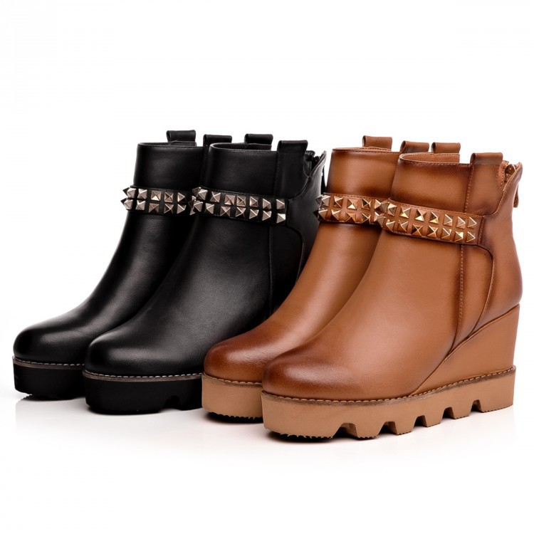 Winter 2015 New fashion women rivet punk shoes Genuine leather Retro high heels Platform lady martin boots Wedges Ankle boots