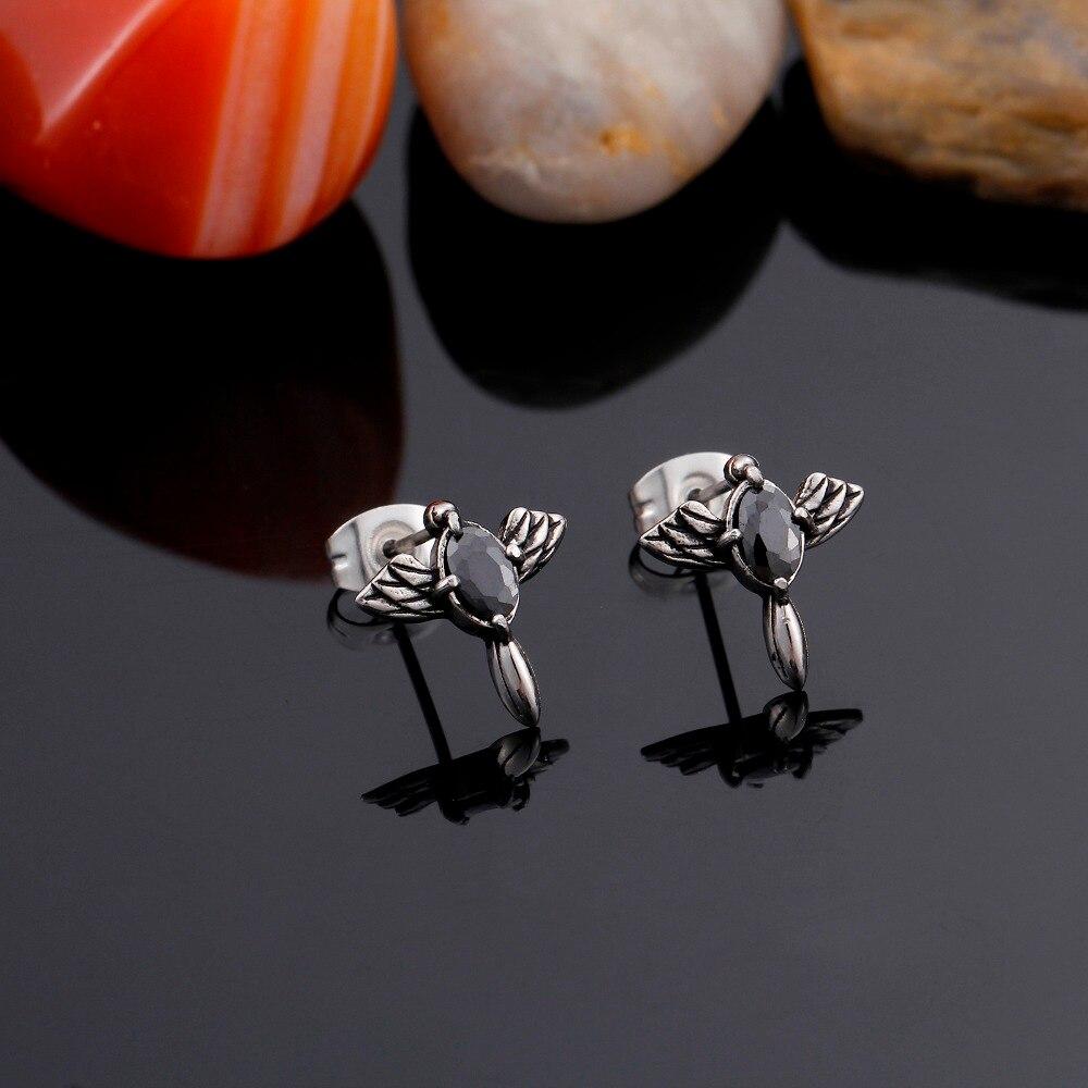 Chic Charms Vintage Cross Wings Zircon Punk Men Stud Earrings 316L Titanium Stainless Steel Fashion Jewelry Men Earrings Gift