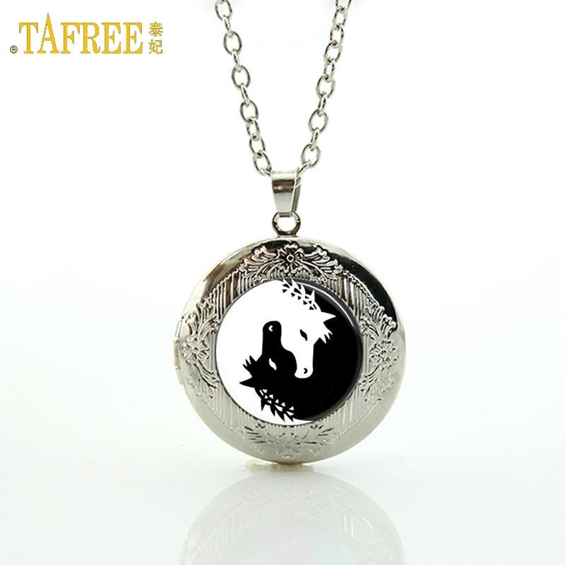 TAFREE Yin Yang Collar de Caballo de Cristal Blanco y Negro Cabochon Unicornio Imagen Artística animal locket Collar Colgante de Joyería N432