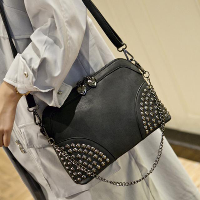 2016 remache de cadena bolsa cáscara de la playa del verano famosa marca exquisita moda cuero de la PU del mensajero del remache del bolso de hombro