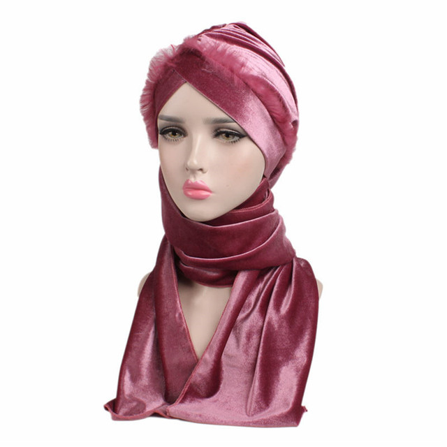 Wanita Gaya Baru Muslim Topi Beludru Syal Wanita Topi Hiasan Kepala Rambut  Scarf Wanita Hangat Panjang 521dcd4e33