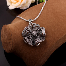 Crystal Flower Necklaces EL01