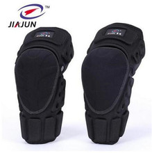 цена на JIAJUN Motorcycle Knee Pads Joelheira Motocross Knee Protector Guard MTB Ski Protective Kneepad Moto Knee Brace Support Gear