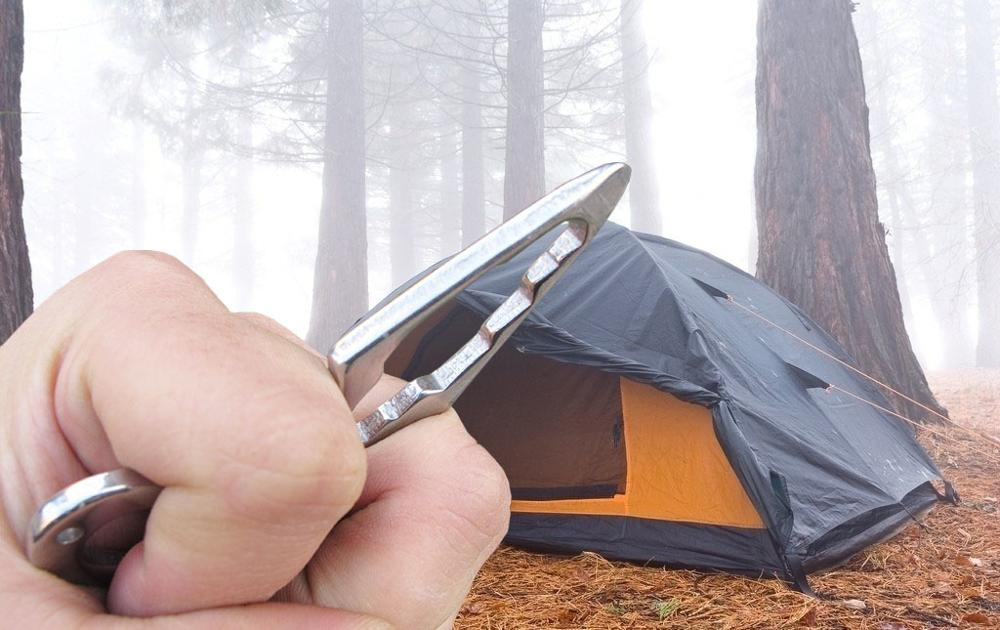 EDC Self-defense Defense Spikes Thorn Multifunctional Tools Wrenches Bottle Crowbars And Other Outdoor Camping Supplies