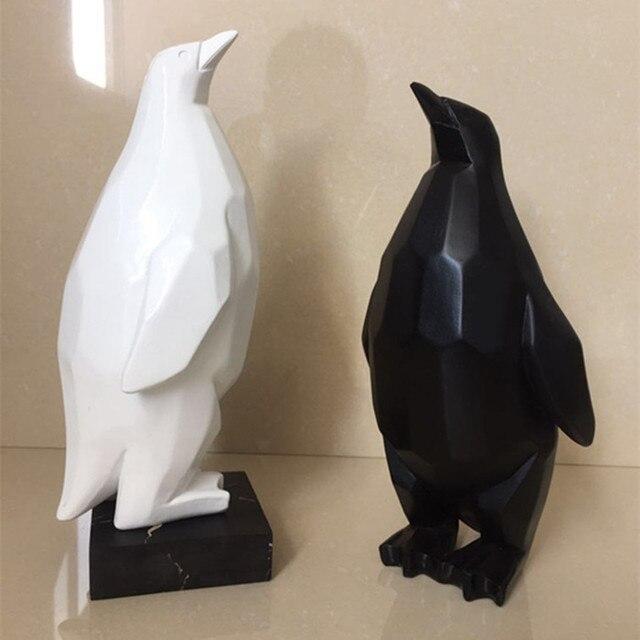 Geometric Animal Sculpture White Geometric Penguin Figurine Modern