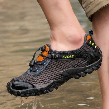 Summer New Mesh Outdoor Sneakers Male Athletic Shoes Breathable Wear Resistance Non Slip Trekking Off Road Hiking Shoes Men