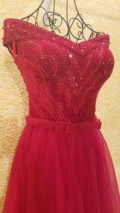 Image 3 - xl9542 vestido de festa red prom dress v neck off shoulder beaded long evening party dress for graduation vestido de festa longo