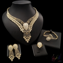 2017 big feather necklace jewelry set Dubai gold color voluble jewellery sets women hotsale rhinestone jewellery sets