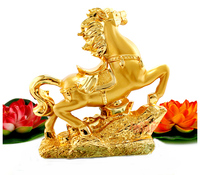 A horse is decorated talisman resin crafts creative office fortune gold horse to succeed Home Lucky decoration Crafts Ornament