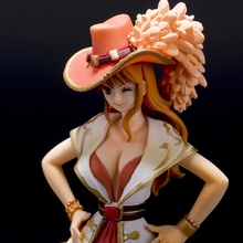 Cat Burglar Nami One Piece Action Figure 17 cm
