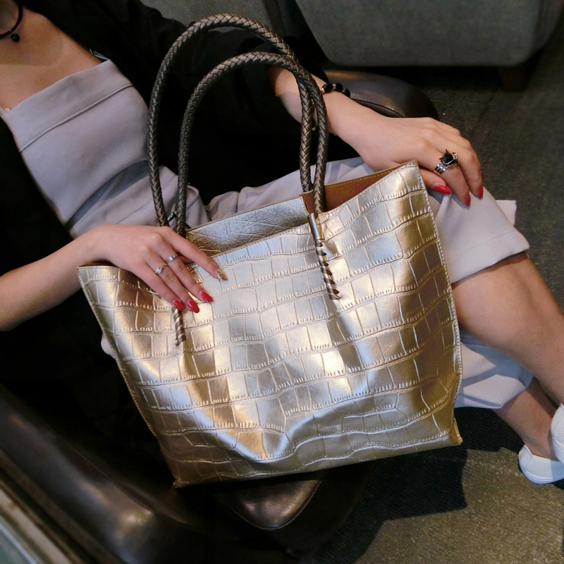 Hot Sale High Quality Leather Women Bags Crocodile Pattern Handbag Fashion Simple Big Gold Tote Shoulder Bag Women Messenger Bag hot sale women fashion colorful light feather handbag high quality shoulder bag space down cotton padded tote bs162
