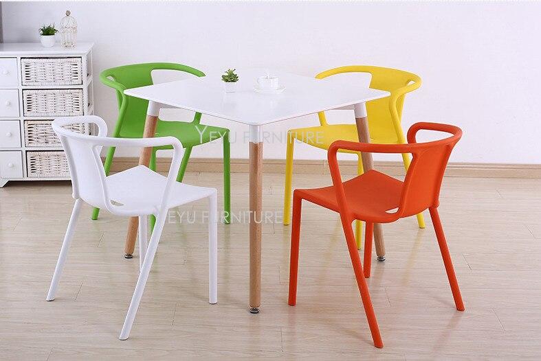 Sedie Da Esterno Colorate.Minimalista Moderno Design In Plastica Sedia Da Pranzo Moderna