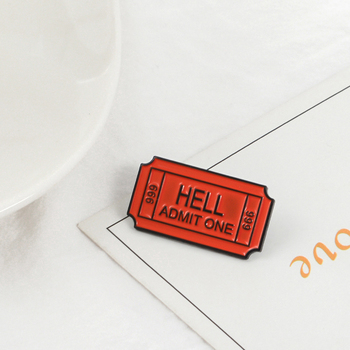 Bilet piekło przyznać jeden broszka emalia przypinka numer biletu 666 odznaka stanik broszki piekło przyznać jeden biżuteria prezent dla fanów tanie i dobre opinie Brooch Pin Badge Wedding party Daily wear Office Shopping Christmas Festival China(Mainland) Opp package 100 Brand New