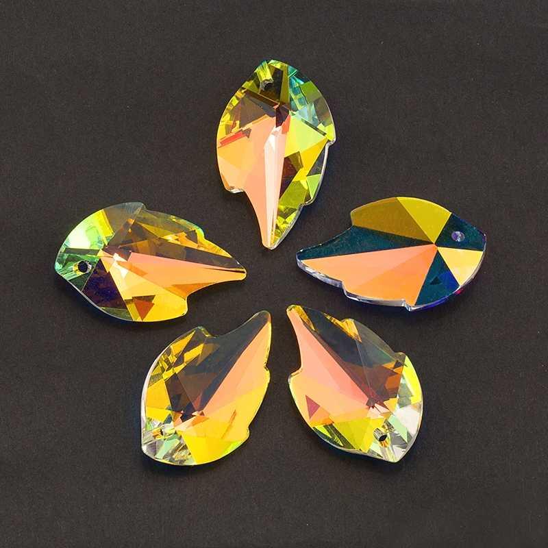 ที่ดีที่สุดคุณภาพ 12 ชนิดคริสตัลจี้คริสตัลลูกปัดสามเหลี่ยมลูกปัดแก้วสำหรับเครื่องประดับทำสร้อยคอต่างหู