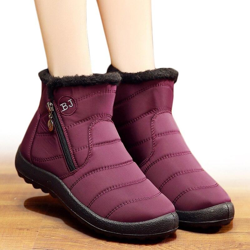 Botas de Mujer de invierno de 2018 zapatos de Mujer Botas de nieve con interior de felpa Botas Mujer impermeable Plus tamaño 43 Botas de invierno Mujer botines