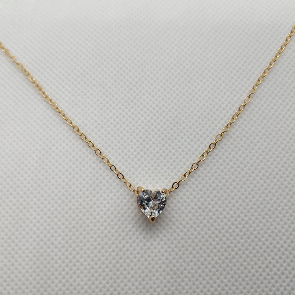 Crystal-Heart-Necklace-Pendants-For-Women-Short-Gold-Necklace-Chain-Pendant-Necklace-Crystal-Heart-Choker-Necklace (2)
