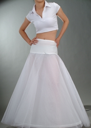 Купить с кэшбэком In Stock A-Line Petticoats For Wedding Dress Cheap Free Size Crinoline Petticoat Underskirt Slip With Lace Trim Enaguas Novia