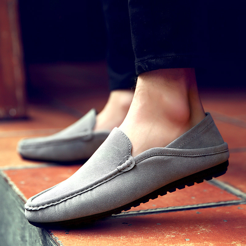 Hot Soft Moccasins Men Loafers Hight Quality Matte Leather Peas Shoes Men Flats Driving Moccasins Breathable Male Casual Shoes