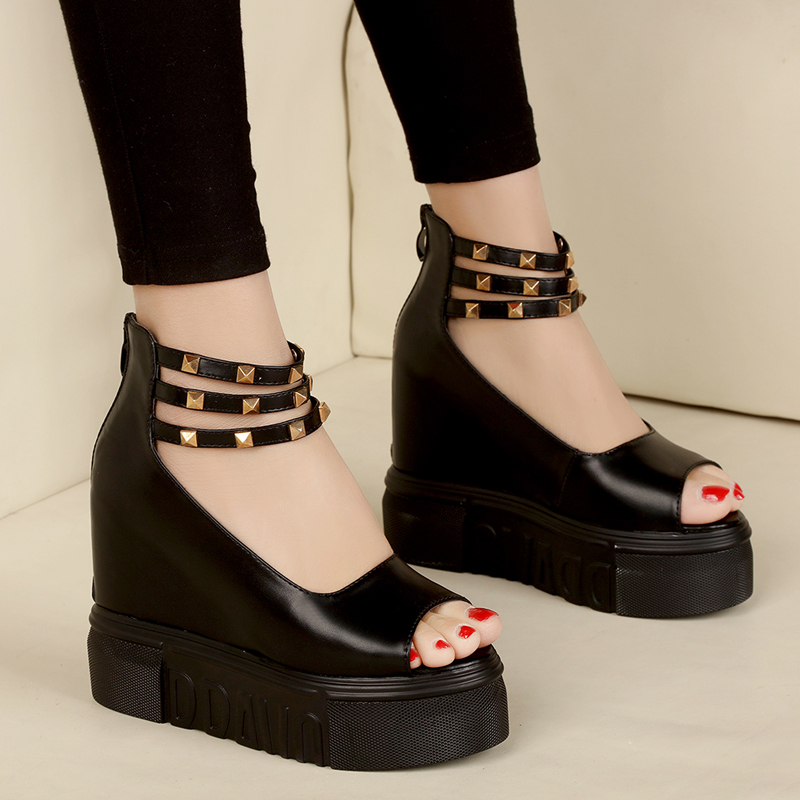 Womans High Heel Sandals Punk Rivet Peep Toe Platform Wedges Shoes Casual Women Sandals 2017 Summer Ladies Shoes 2017 summer new rivet wedges sandals creepers women high heel platform casual shoes silver women gladiator sandals zapatos mujer