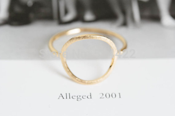 Gold Classic Open Round Rings for Women Zinc Alloy Geometric Circle Women Party