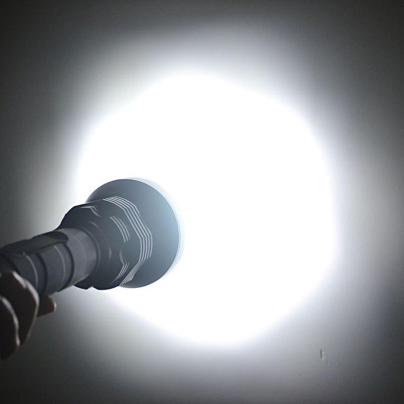 Am Hellsten LED Taschenlampe 5 Modus 28 * T6 Starke Taschenlampe Flash Licht lampe torche mit 4*26650 batterie und Ladegerät - 4