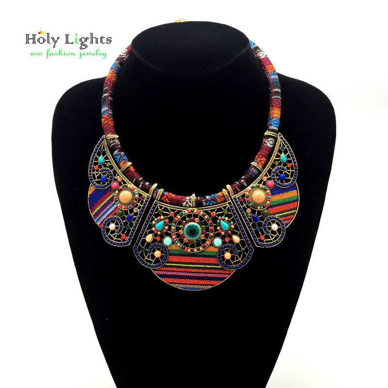 2017 New women bohemia necklace&pendants multicolor statemens