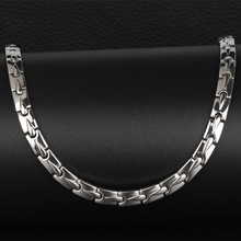 купить Pure Titanium Men's Necklaces Domineering Simple Water-drop Radiation-proof Health-care Circles Magnet Korean Jewelry в интернет-магазине