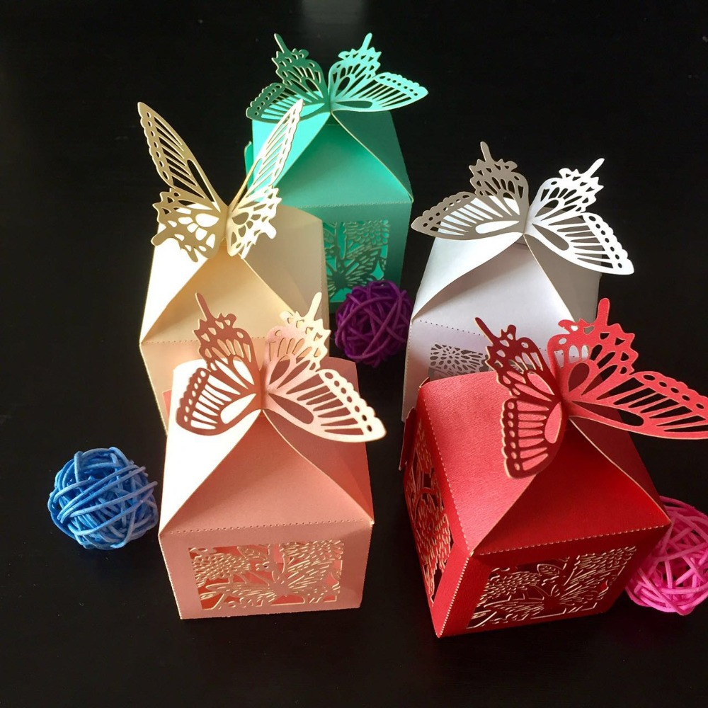 50pcs Hollow out lace Butterfly Candy Boxes Favor Gifts Boxes bonbonniere Wedding Party Centerpieces Holiday Supplies