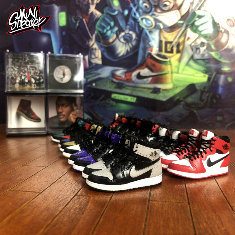 Sneakers Air Stereo 3D Jordan 1 Model Display Decoration Car Interior Accessories Couples Men And Women Birthday Gifts