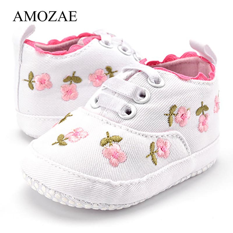 Newborn First Walker Embroidery Floral Baby Shoes Spring Autumn Cute Infant Toddler Baby Girls Anti-slip Footwear Free Shipping