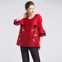 FREE SHIPPING Miyake fold o neck flare Sleeve paragraph three quarter red coat IN STOCK