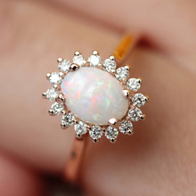New Silver Egg-shaped Opal Ring Gold Plating Jewelry Vintage Retro Design for Women Luxury Wedding Engagement Rings Accessories