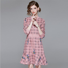 2019 New spring Long-sleeved Dress British style Women's  Plaid Dress elegant pink Slim Temperament Long cardigan dress