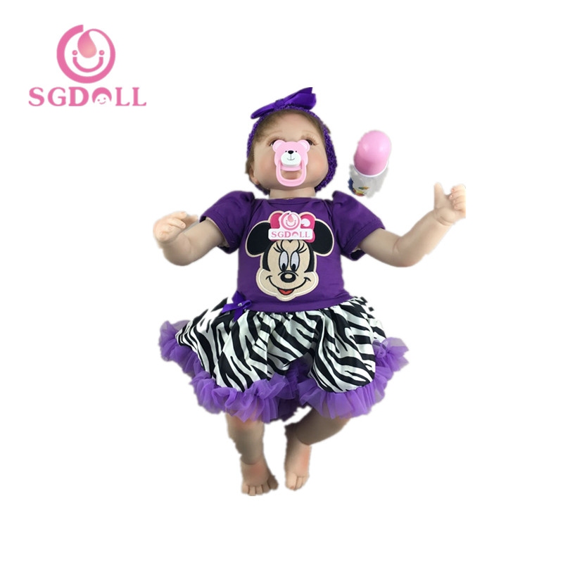 55cm/22inches Lifelike Reborn Baby Doll Soft Touch Vinyl Handmade Newborn Baby Toys With Mickey Mouse Dress 6062301