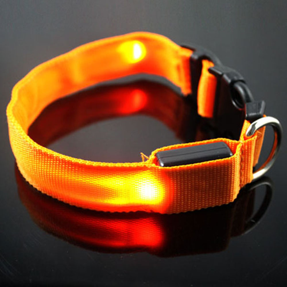 New Arrival Pet Cat Dog Collars Glow LED Collar Flashing Light Up Night Safety Collars Supplies 6 Color S M L Size
