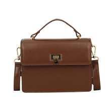 купить Luxury Handbags Women Messenger Bags Brand Women Bags Girls Fashion Retro Shoulder Bag Ladies PU Leather Handbags по цене 1028.22 рублей