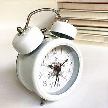 c80d41fa48d Retro silencioso clocks pointer relógio de sino duplo despertador loud ao  lado backlight casa decorações relógio d.