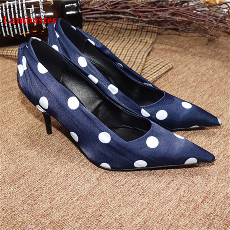 все цены на Hot Spring Pointed Toe Women Pumps Blue Polka Dot Designer Pleated Shallow Slip On Women Pumps Sexy Walkway Casual Shoes Women