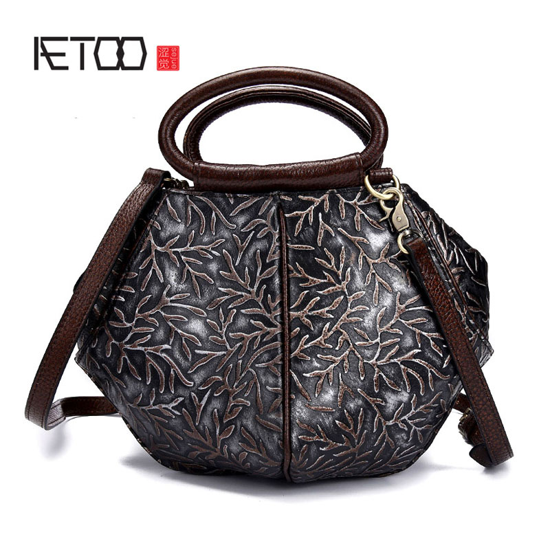 Famous Brand Ladies Handbags First layer Genuine Leather Women Bag Casual Tote Floral Print Shoulder Bags New Luxury Small hobos 2017 new female genuine leather handbags first layer of cowhide fashion simple women shoulder messenger bags bucket bags