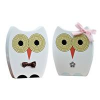 Set of 2 Created Art Decor Wooden Owls Living Room Furnish Soft Craft Toy Birthday Gift