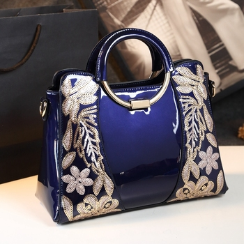 2019 new fashion top handle bag ladies red wedding tote patent leather women shoulder bags flower embroidery clutches bolsos sac